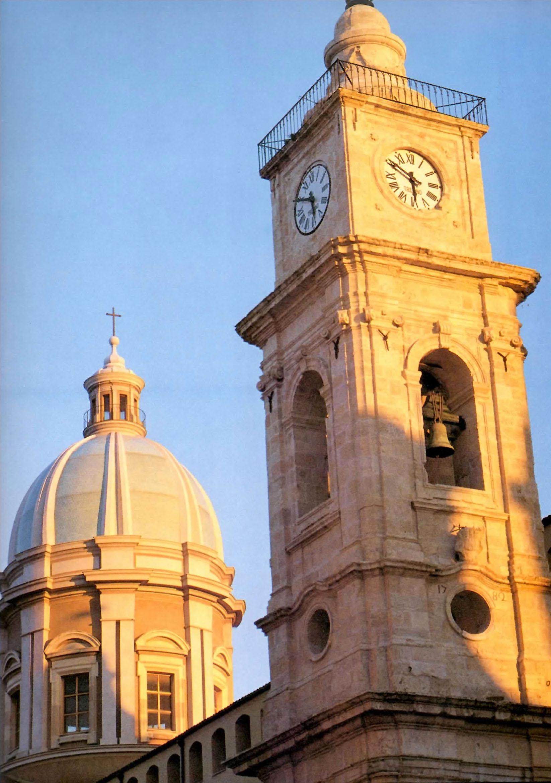 Cupola e campanile del duomo di Caltanissetta